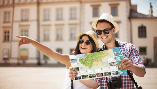Cartes Bon Plan Totem Info : carte touristique insertion publicitaire Nouvelle-Aquitaine, Occitanie et Provence-Alpes-Côte d'Azur